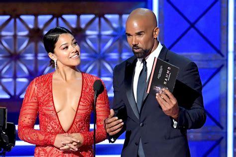 Kim Kardashian Emmys Singing