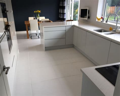 white tile kitchen floor s stylish kitchen diner white matt floor tiles 1475
