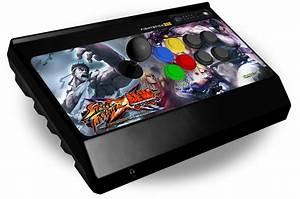 [拡大画像] マッドキャッツ、「STREET FIGHTER X 鉄拳」オフィシャルアーケードコントローラーを3月8日発売
