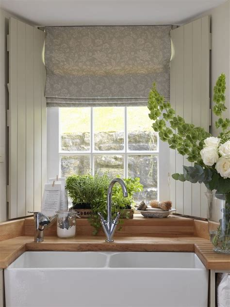 full details  modern country style blog faded florals