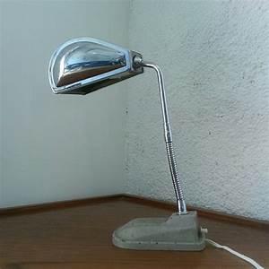 Eileen Gray Lampe : petite lampe jumo flexible lampodrome ~ Markanthonyermac.com Haus und Dekorationen