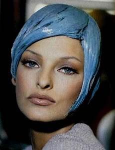 61 best images about Style Icon: Linda Evangelista on ...