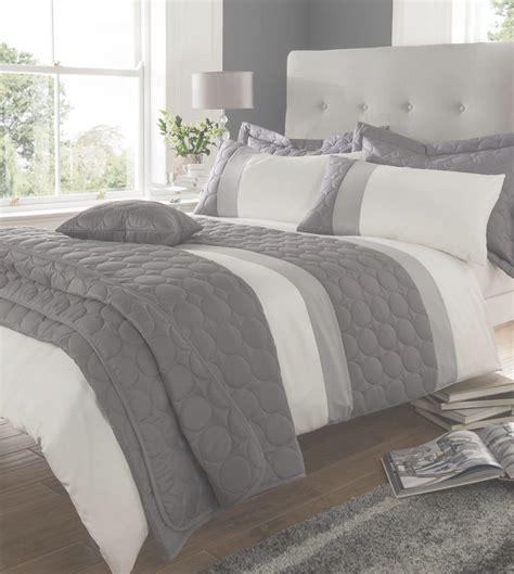 grey quilt king modern beige king quilt duvet covers bed set or