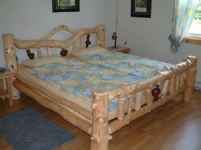 Bett Naturholz  Frische Haus Ideen