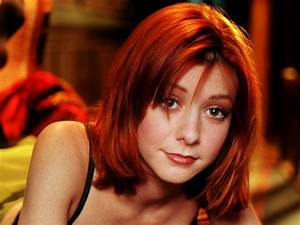 Alyson Hannigan Wallpapers, Pictures, Images