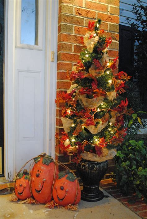 ideas  fall topiaries  pinterest pumpkin