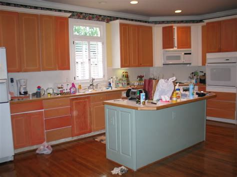 painting laminate kitchen cabinets removing thermofoil from cabinets with heat gun and