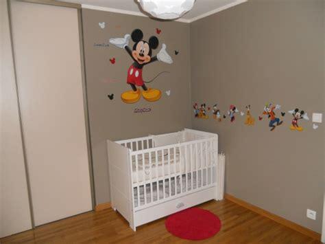 chambre mickey mouse peinture chambre minnie raliss com