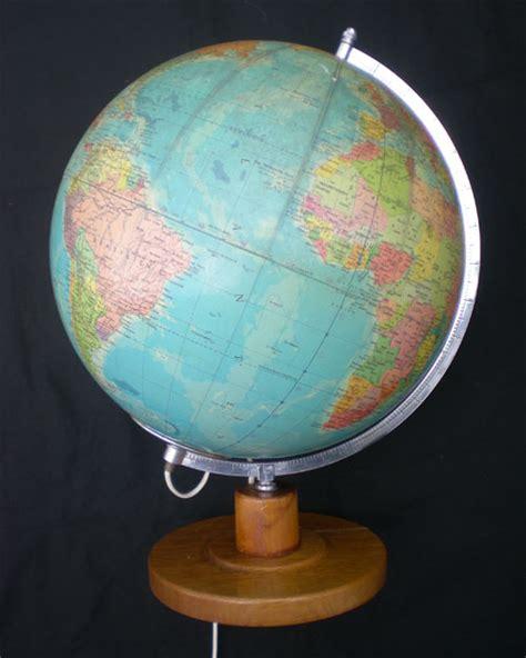globe terrestre lumineux ancien politiska jordglob avec