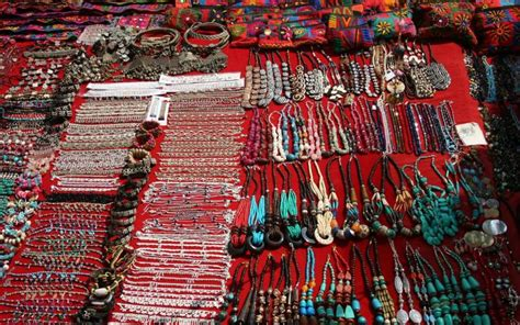11 Flea Markets In India Every Shopaholic Must Shop At Jewelry Set Display Tray Kohls Christian Dior Online Definition African Beadwork Ethical Suppliers Platinum Rings