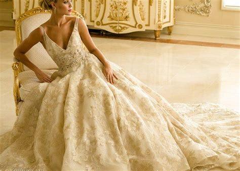 100 Sexy V-neck Wedding Dresses You'll Love