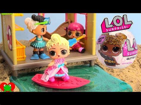 lol surprise dolls  woodzeez surfing tiki hut beach dig