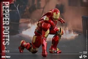Iron Man 3: Pepper Potts And Iron Man MARK 9 Armor ...