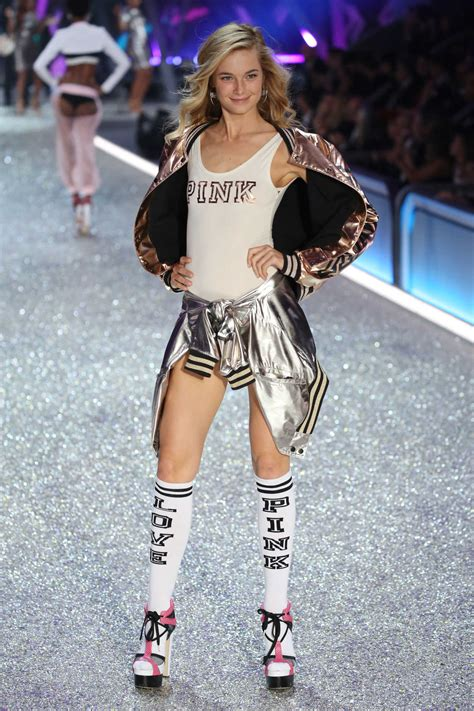 bridget malcolm    victorias secret fashion show
