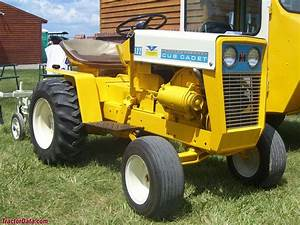 Tractordata Com Cub Cadet 122 Tractor Photos Information
