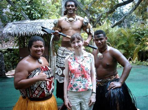 Glass Wings photos - Oahu Polynesian Cultural Center Fiji Muse