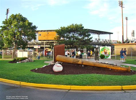 Copeland Park (The LumberYard) - La Crosse Wisconsin ...