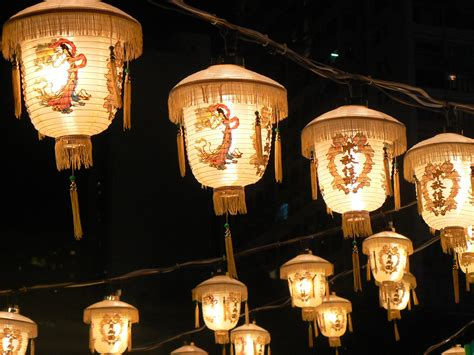 moon lanterns moon festival lanterns lanterns make me happy pinterest
