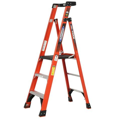 ladder review werner 9 ft reach fiberglass podium ladder with 300 lb load capacity type ia duty rating