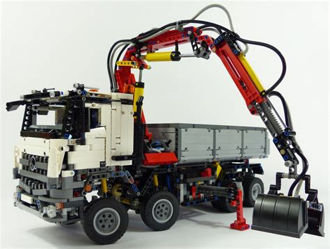 lego technic mercedes lego 42043 lego technic mercedes arocs im test