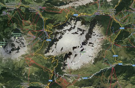info sella sella ronda on a mountainbike chasing trails views