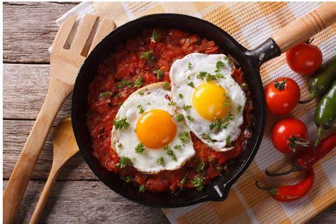 huevos rancheros cook   life