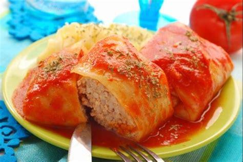 recettes cuisine polonaise de nos grands parents recette de golabki chou farçi à la polonaise facile et