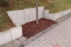 Blockstufen Beton Setzen : l stein so setzen sie die winkelsteine richtig ~ Orissabook.com Haus und Dekorationen