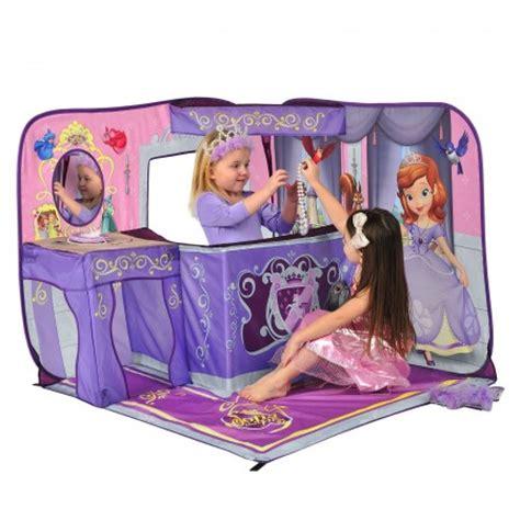 tente fille chambre château tente de princesse à installer dans une chambre de
