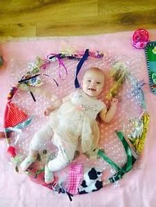 Activity Spielzeug Baby : baby sensory hoop gifts for her baby babyspielzeug ~ A.2002-acura-tl-radio.info Haus und Dekorationen