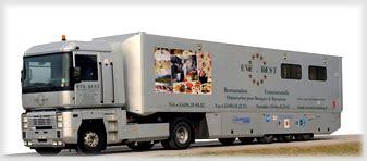 camion équipé cuisine rest catering traiteur en haute savoie