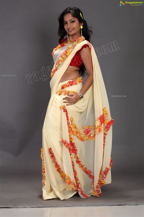 hips in saree page 1507 xossip