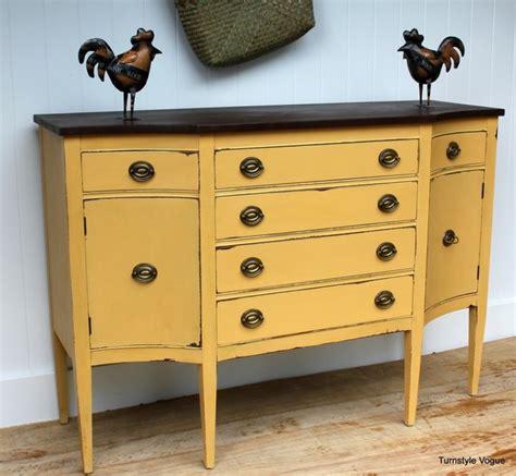 repeindre un bureau en bois repeindre un meuble en bois idées et conseils