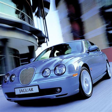 Jaguar Car Ipad Wallpaper, Background And Theme