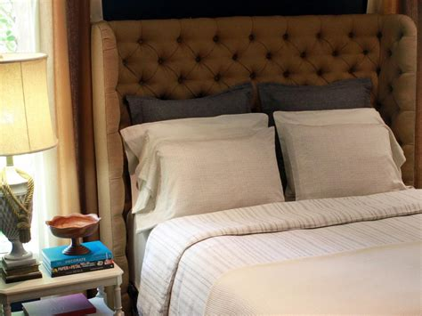 How To Build An Upholstered Headboard by Diy Upholstered Tufted Headboard Diy Home Decor