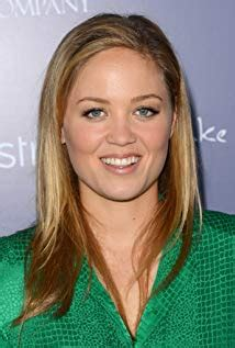 actress julia parenthood tomt actress comedy actress that kind of looks like