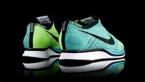 kicks deals official website nike flyknit racer 3 new