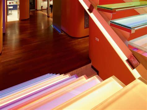 acrylglas bedrucken und beleuchten plexiglas beleuchtet an der wand cool vw emblem beleuchten golf de avec plexiglas lackieren und