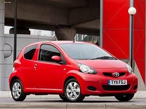 Toyota Aygo 2008 : toyota aygo 3 door uk spec 2008 pictures 1600x1200 ~ Medecine-chirurgie-esthetiques.com Avis de Voitures