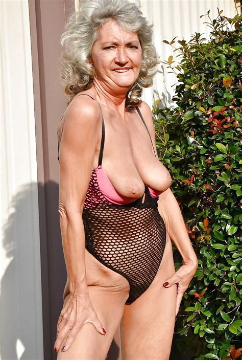 Hot Mature Photos Grannies Old In Age Young In Style