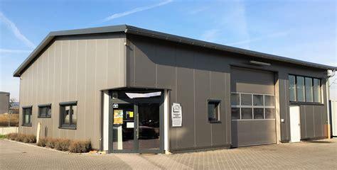 Wohnhaus Mit Werkstatt by Niederberger Architektur Neubau Einer Kfz Werkstatt In