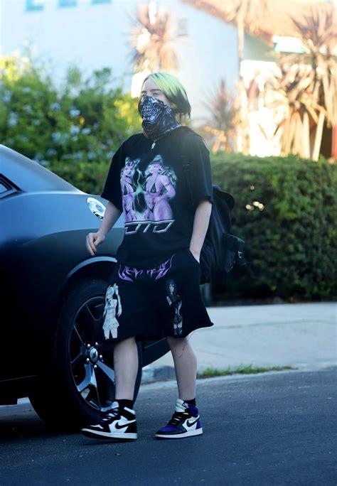 billie eilish   bandana   face mask walks  dog