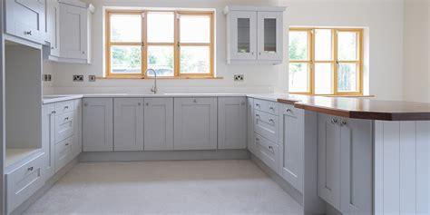 light grey shaker kitchen shaker light grey gallagher kitchens 6995