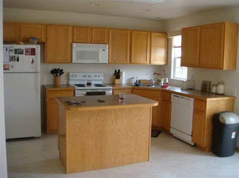 kitchen colors with oak cabinets kitchen paint colors with oak cabinets your dream home