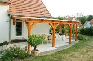 construire une pergola couverte pergolas bois couverte