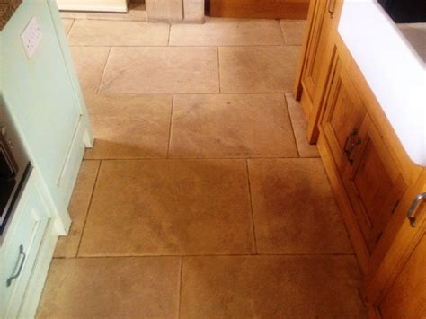 cleaning limestone floors kitchen limestone flagstone floor cleaned and polished in austwick 5458