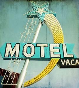 Enseigne Lumineuse Vintage : enseigne lumineuse star motel vintage neon sign typo rocket lulu neon pinterest enseignes ~ Teatrodelosmanantiales.com Idées de Décoration