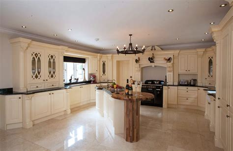 Of Kitchen by Broadway Knightsbridge Kitchen Traditional