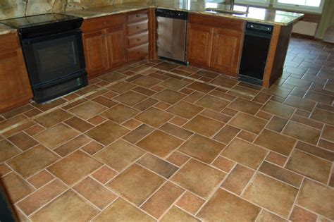 sandstone kitchen floor tiles abruzzi flooring traditional kitchen 5069