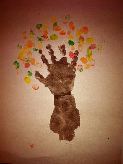 jiggley mommys crafts fingerprint tree